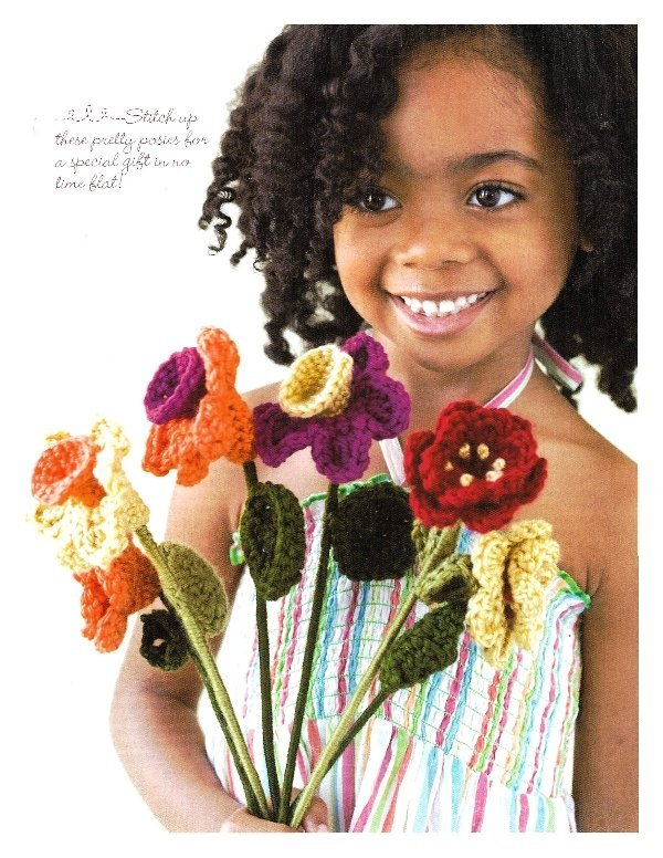 X120 Crochet PATTERN ONLY Daffodil and Rose Bouquet Pattern