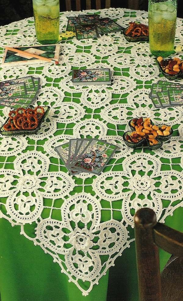 X759 Crochet PATTERN ONLY Four Leaf Clover Card Tablecloth