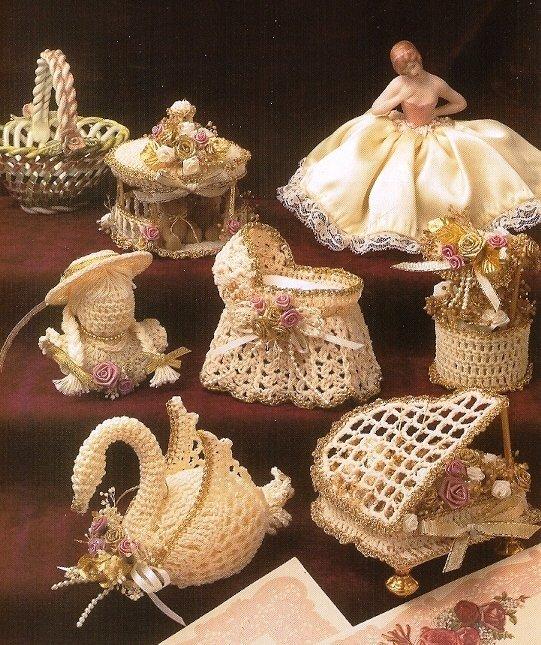 X228 Crochet PATTERN ONLY Set of 6 Crochet Victorian Christmas Ornament Patterns