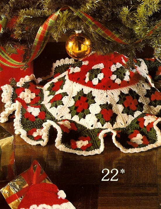 W465 Crochet PATTERN ONLY Granny Square Mini Christmas Tree Skirt Pattern