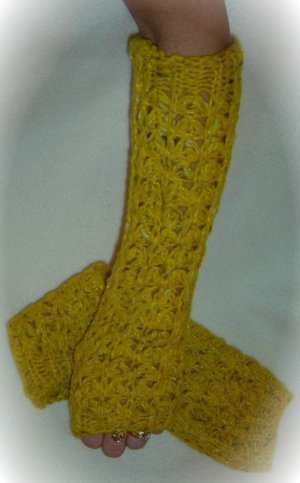 Urban Outfitter-Wooden Ships-ARM WARMER Glove GOLD Knit