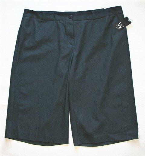 WORK WEEKEND Womens Plus Navy Straight Leg Shorts 22 W NEW $50