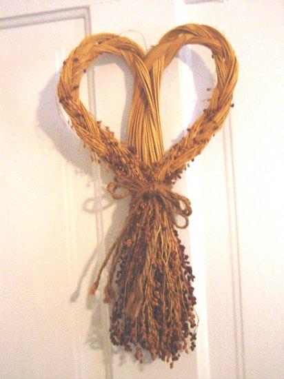 Heart and Dried Seeds Design Wreath Door Wall Hanging #300564