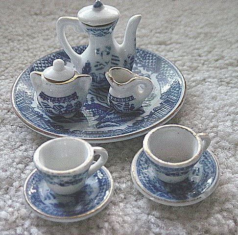 Blue and White Miniature Asian Tea Set Tray, Teapot, Creamer, Sugar Bowl, Cups and Saucers #301017