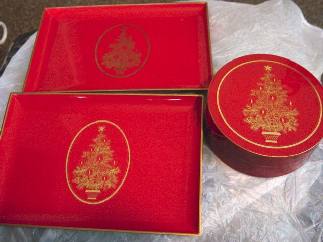 Gibson Greeting Cards Inc Red Christmas Tree Coaster Set