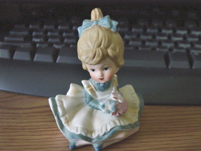 Vintage Sitting Little Girl in Blue Figurine B-873 by Circle   #301306