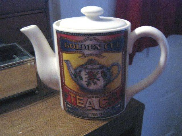 Porcelain Corner Store American Tea Company Golden Cup Tea Co. Teapot #301552