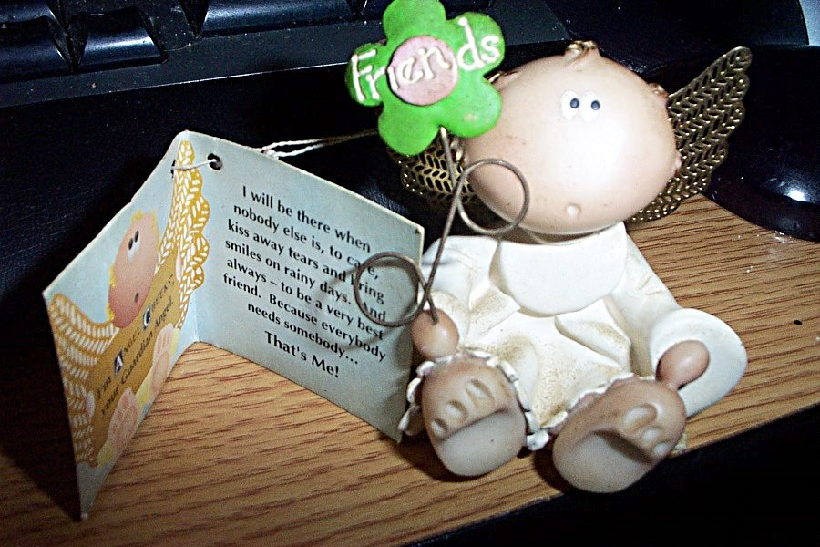 #25952 New Russ Berrie Hand Painted Angel Cheeks Figurine Holding Flower Entitled Friends  #301579