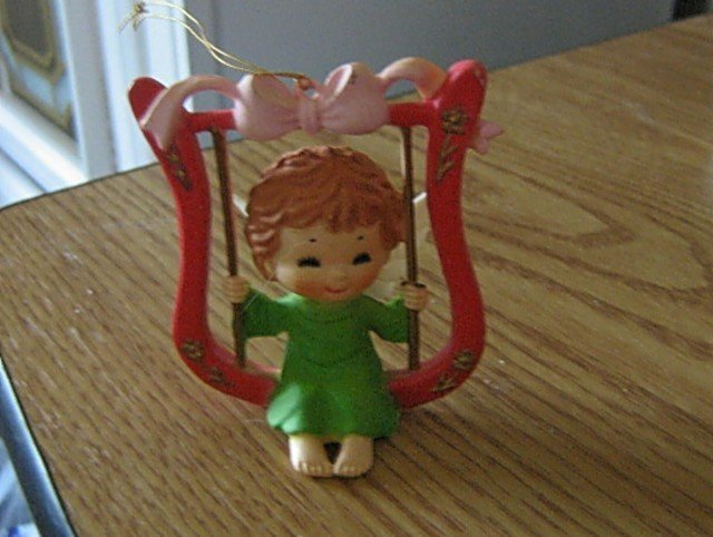 Little Angel Swinging on a Harp Figurine Ornament  #301744
