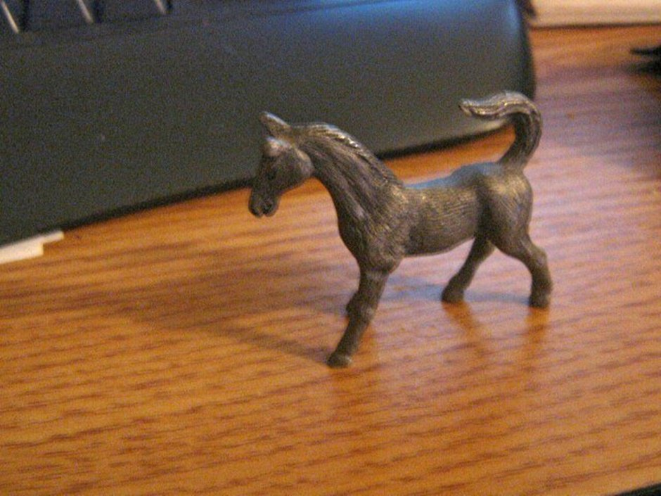Collectible Miniature Pewter Thoroughbred Horse Figurine  #301734