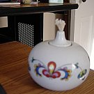Round White Porcelain Oil Lamp Colorful Decorations #301032