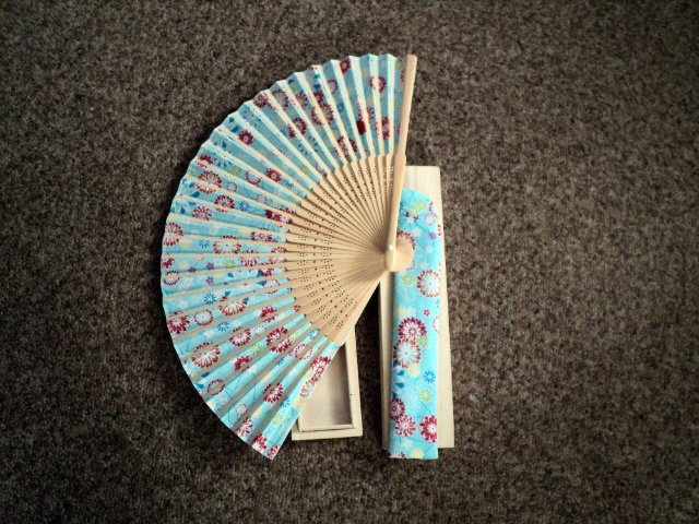 Folding Hand Fan Linen Chinese Classical Floral Fan Asian Oriental Wood Box #302061