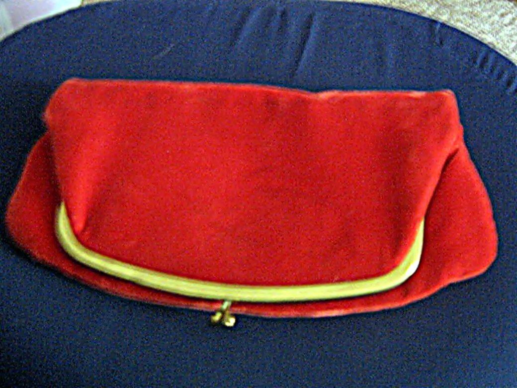 Vintage Red Velvet Clutch Handbag Purse #302162