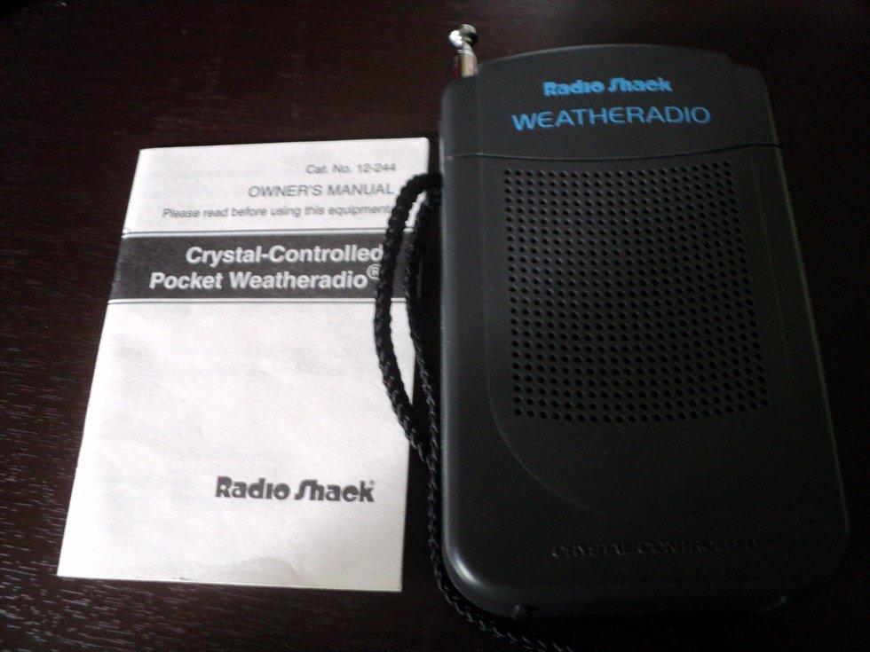 Radio Shack Crystal Controlled Pocket Weather Radio #302223