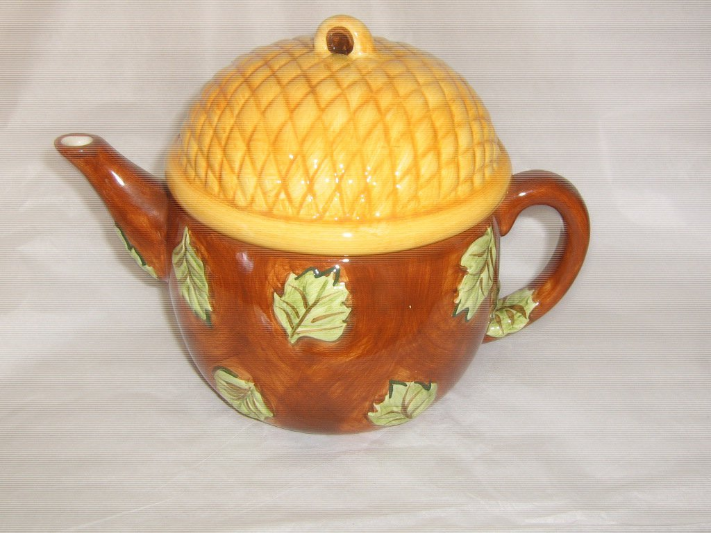 Bath & Body Works At Home Fall Acorn Teapot  #302228