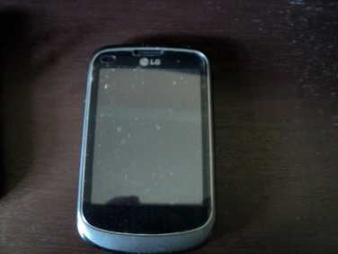 LG 306G 3G Cell Phone TracFone Camera Touch Screen 3 Cases