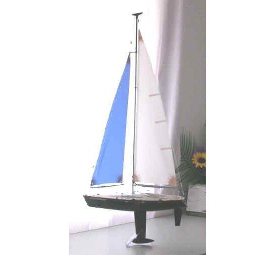 Discovery 500 RC Sailboat RTS Kit