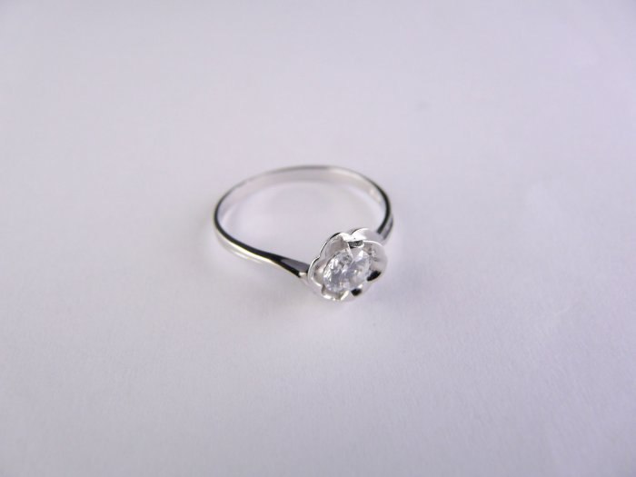 Sterling Silver Ring with Cubic Zerconia