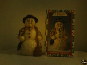 HOLIDAY COLLECTION SNOWMAN FIGURINE *NIB*