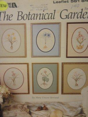 Leisure Arts The Botanical Garden leaflet 561