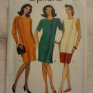 Butterick Vogue Easy Options 8127 Misses'/Misses' Petite Dress (size 14,16,18)