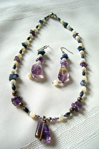 Fluorite Pendant, Mother of Pearl and Sodalite Nuggets Necklace 3006