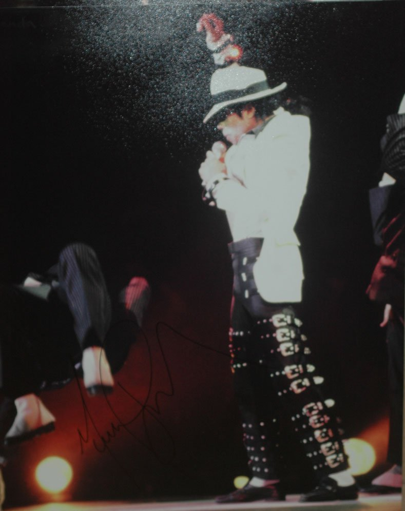 Michael Jackson in-person autographed 16x20 photo