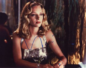 Uma Thurman in-person autographed photo