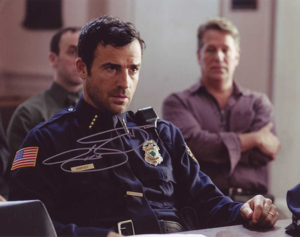 Justin Theroux in-person autographed photo