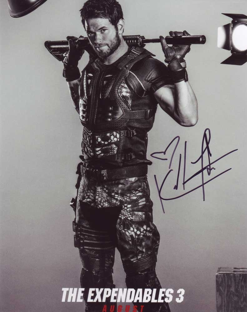 Kellan Lutz in-person autographed photo