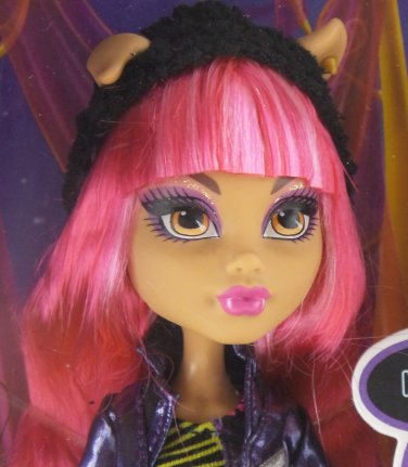 Monster High 13 Wishes Howleen Wolf - Daughter of the Werewolf doll diary