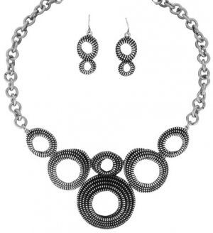 Unique Zipper Textured Circles Necklace and Earring Set!
