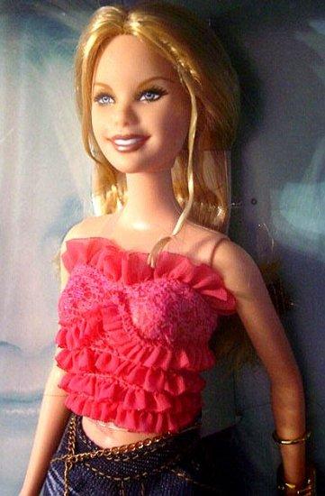 LeAnn Rimes Barbie Doll New In Box!!