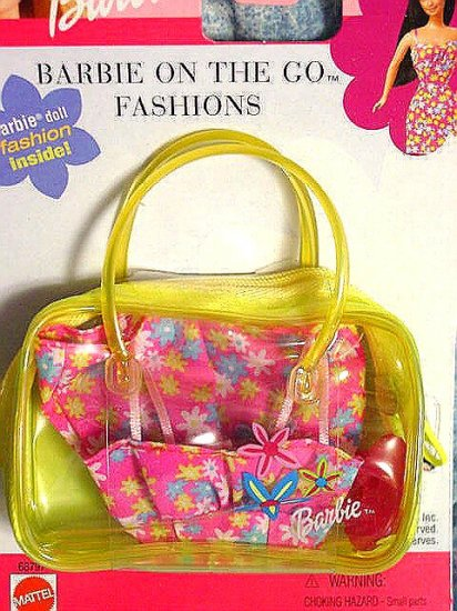 """Barbie Clothes Barbie """"On The Go Fashion"""" Yellow New!!"""