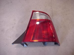 05-07 Ford Focus Right Side Taillight