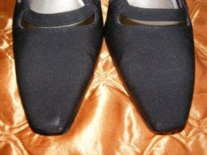 Black Sling Back Shoes Heels Ros Hommerson 7 M
