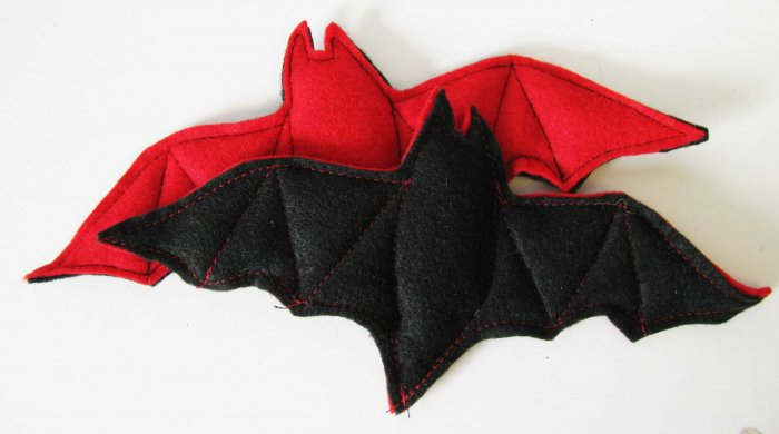 Catnip toy Bat