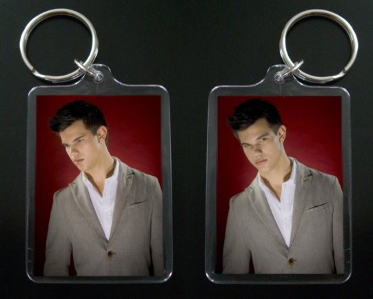 TAYLOR LAUTNER JACOB BLACK keychain / keyring TWILIGHT NEW MOON