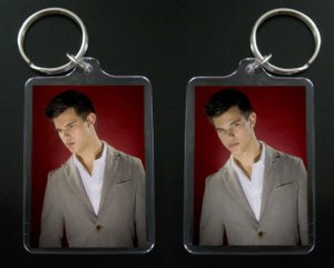 TAYLOR LAUTNER JACOB BLACK keychain / keyring TWILIGHT NEW MOON