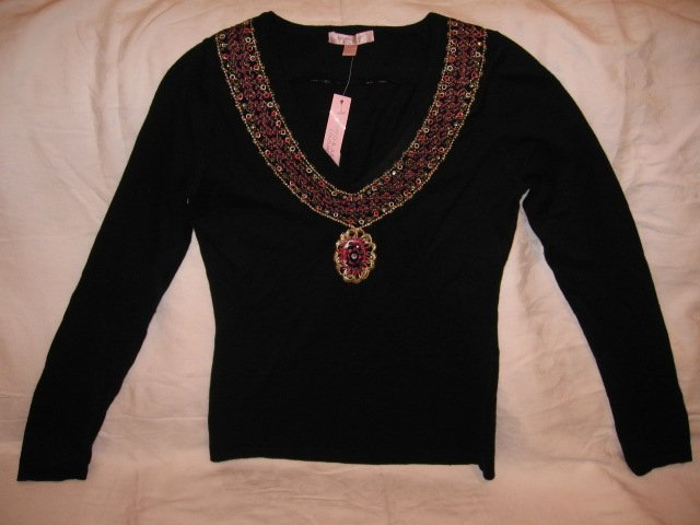 $69 NEW Black Romeo & Juliet Couture Embroidered Sweater