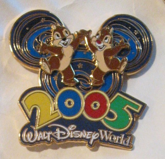 Disney Pins : WDW - 2005 Collection ,Chip 'n' Dale Pin