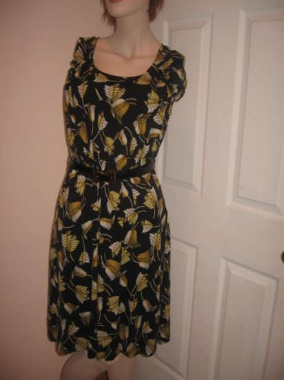 $2.3K New  Authentic GUCCI Women's  DRESS with BELT SILK BELL sz S   - FREE SHIPPING on this item!