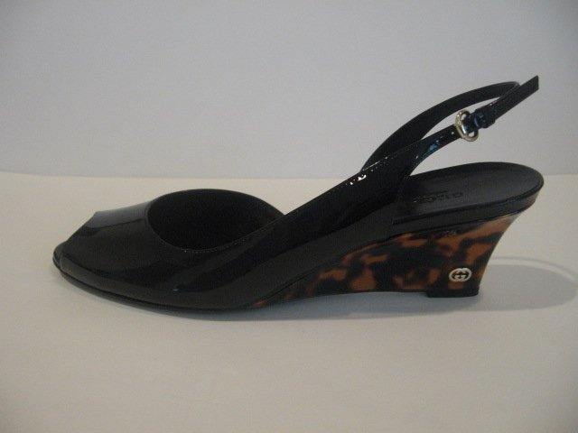 $675 New in Box  Authentic GUCCI PATENT WEDGE SANDALS SHOES  size 9 - FREE SHIPPING