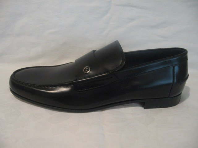 $535 New in Box  Authentic GUCCI LOAFERS Men SHOES sz 9