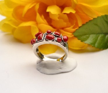 R0019 - RING WITH NATURAL RED CORAL (FREE SHIPPING)