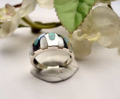 R0021 - RING WITH BLUE TURQUOISE AND WITHE SHELL (FREE SHIPPING)