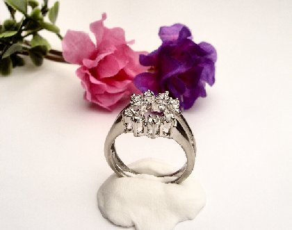 R0038 - RING WITH CLEAR CUBIC ZIRCONIA / WEDDING SET (FREE SHIPPING)