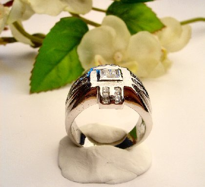 R0051 - RING MAN'S WITH CLEAR CUBIC ZIRCONIA (FREE SHIPPING)