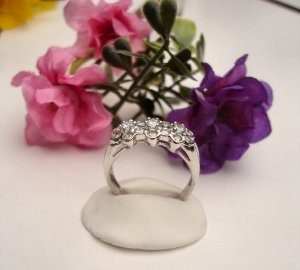 R0083 - RING WITH CLEAR CUBIC ZIRCONIA (FREE SHIPPING)