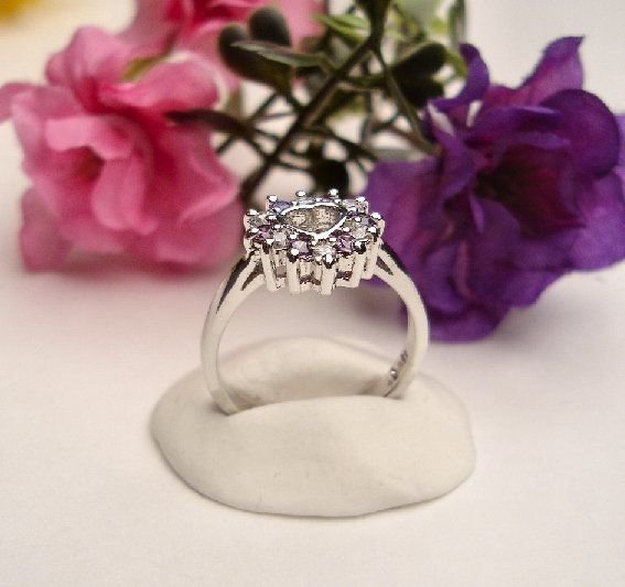 R0082 - RING WITH PURPLE AND CLEAR CUBIC ZIRCONIA HEART (FREE SHIPPING)